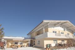 Hausansicht-Ambiento-Tirol-Apartment-Ferienwohnung-Kirchbichl-1-scaled