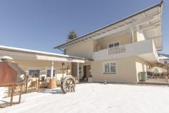 Terrasse-Garten-Ambiento-Tirol-Apartment-Ferienwohnung-Kirchbichl-12-scaled