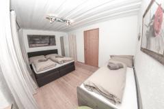 Zimmer-1ll-Ambiento-Tirol-Apartment-Ferienwohnung-Kirchbichl