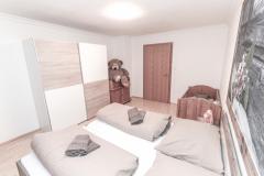 Zimmer-3-Ambiento-Tirol-Apartment-Ferienwohnung-Kirchbichl-9